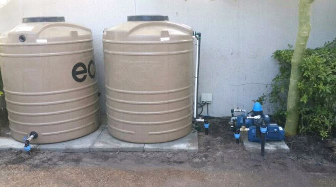 How long should a water tank last for